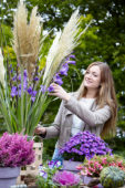 Gladiolus and Cortaderia bouquet