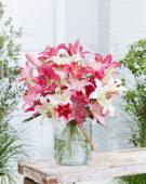 Lilium oriental pastel bouquet