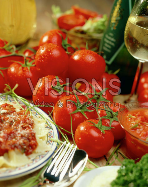 Fresh tomatoes on table