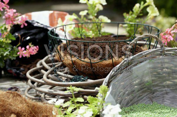Making hanging basket